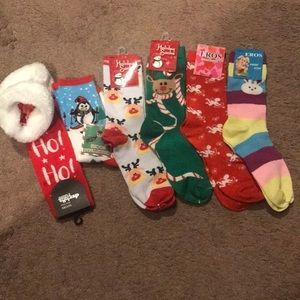 6 pairs of brand new holiday socks